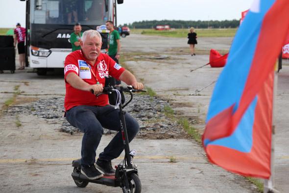 Пилот «КАМАЗ-мастера» финишировал первым на6-м этапе «Шелкового пути»
