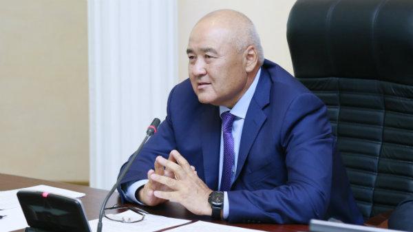 Умирзак Шукеев: Я не против, чтобы все зарабатывали. Но надо как-то держаться в рамках