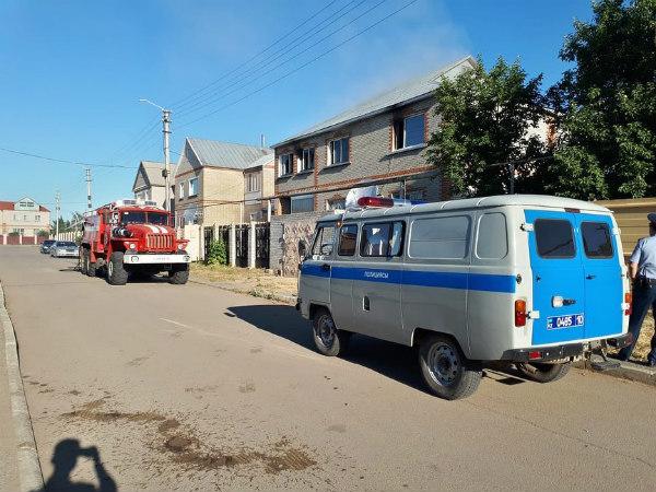 Женщину-инвалида спасли из горящего дома